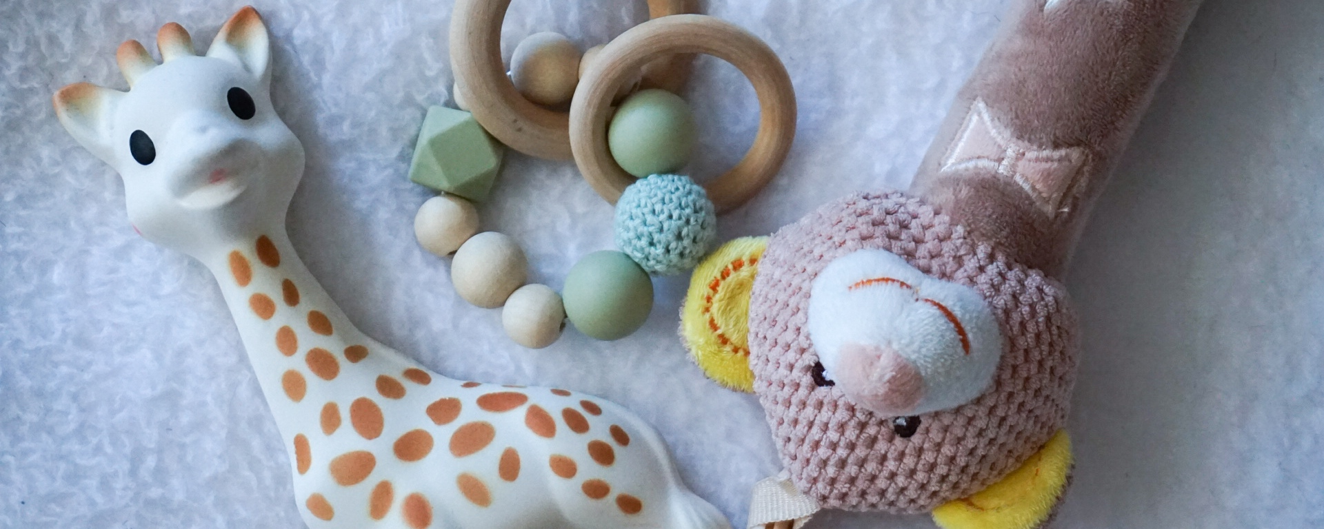 Helping your baby get through teething   Elyse Morency   Mommy and Lifestyle Blog