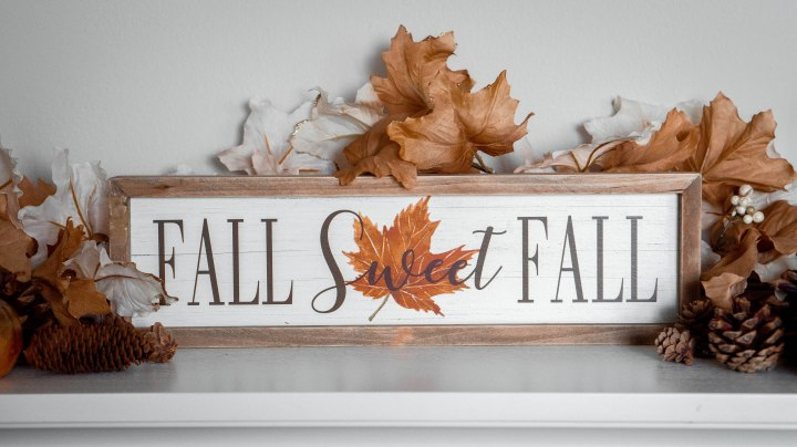 Cozy and Comfortable Fall Decorations